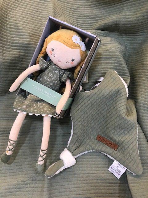Julia - die neue Puppe von Little Dutch